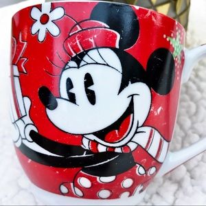 "DISNEY Vintage ""Winter Magic"" Minnie Mouse Mug"